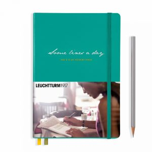 some-lines-a-day-5-year-memory-book-medium-a5-emerald